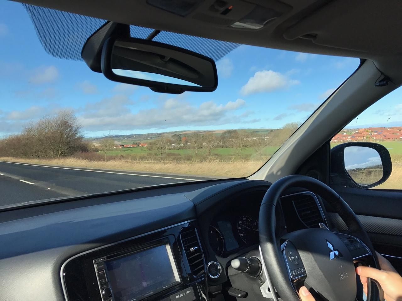 viajando de carro na mão inglesa