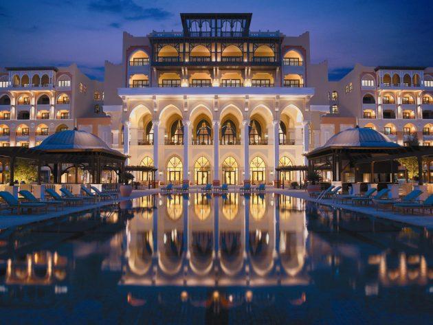 piscina hotel abu dhabi
